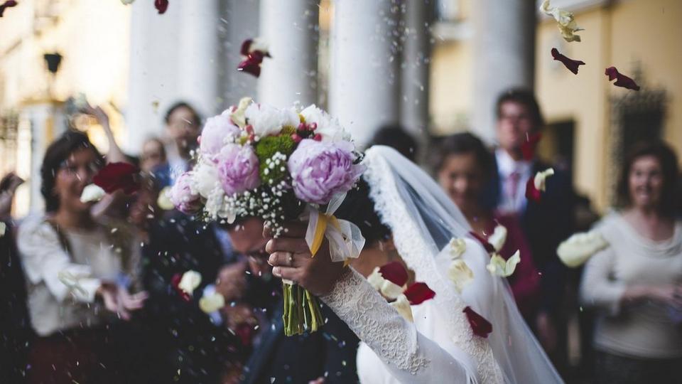 wedding-celebration-bouquet